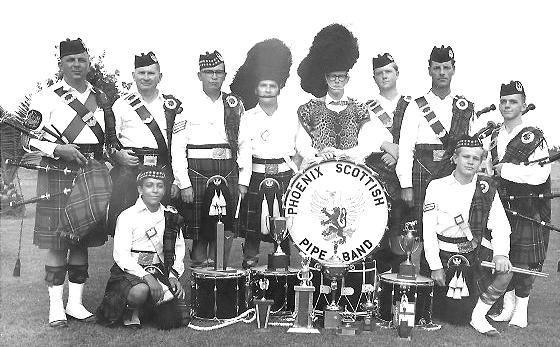 Phioenix Pipe Band 1966